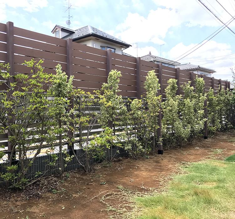 人工木フェンス設置完了